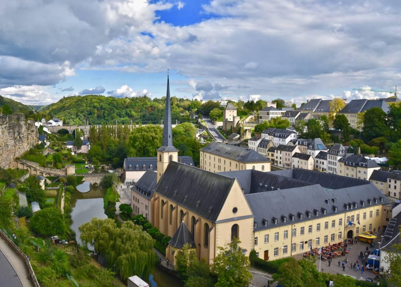 Nous recherchons au Luxembourg